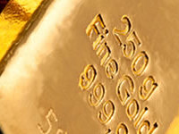 gold dips on april